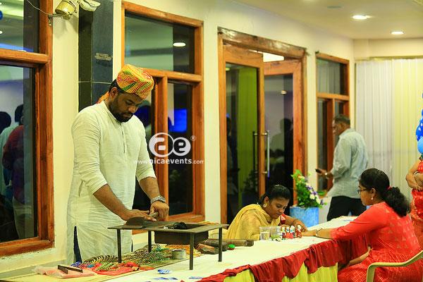 bangle-stall