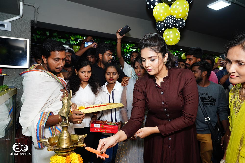 biggies_opening_decor_by_aicaevents(3)